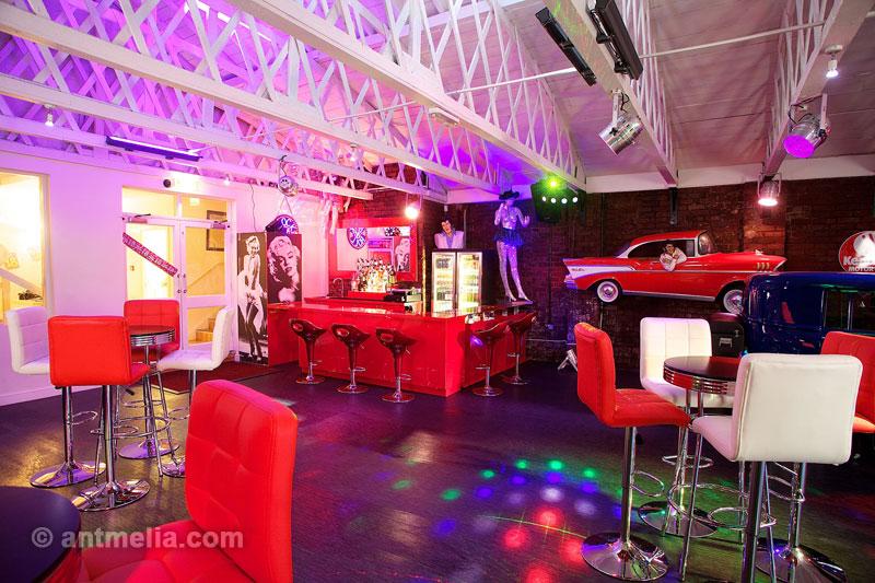 Bar and pub interior photographer